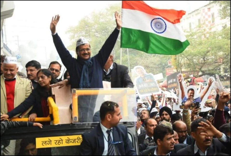 Kejriwal showed stamina in road show, thousands became common people