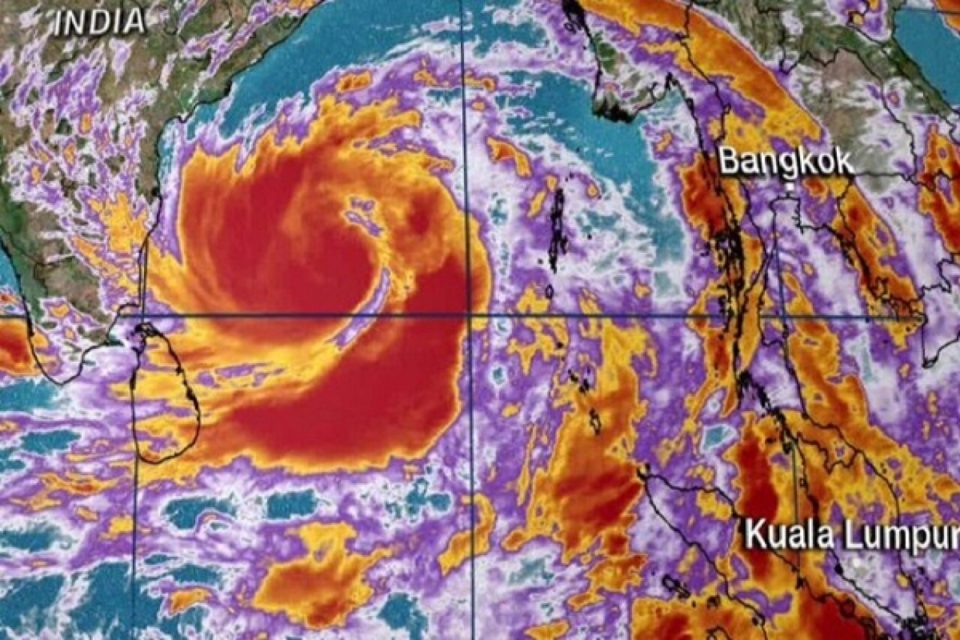 Cyclone 'Amfan' to become super cyclone in 12 hours, many states on high alert