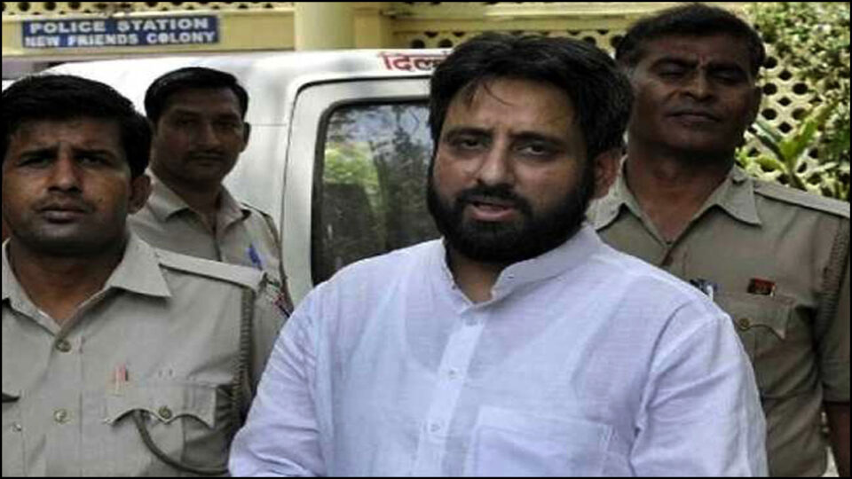 Amanatullah Khan asks for copy of Delhi riots FIR, will meet affected people