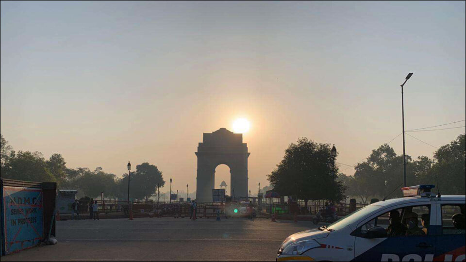 One week curfew imposed in Delhi, know what are the restrictions,